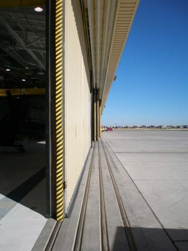 Army Aviation Support Hangar - Floating Door System
